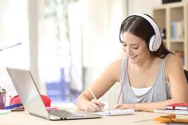 older teen learning online